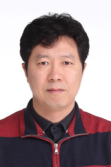 Geon Ho Lee